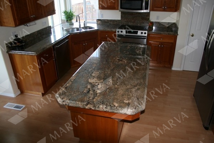 Juparana Crema Bordeaux Granite